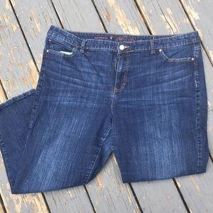 🌸 2 for $15 🌸 Jennifer Lopez Boyfriend Jeans 👖